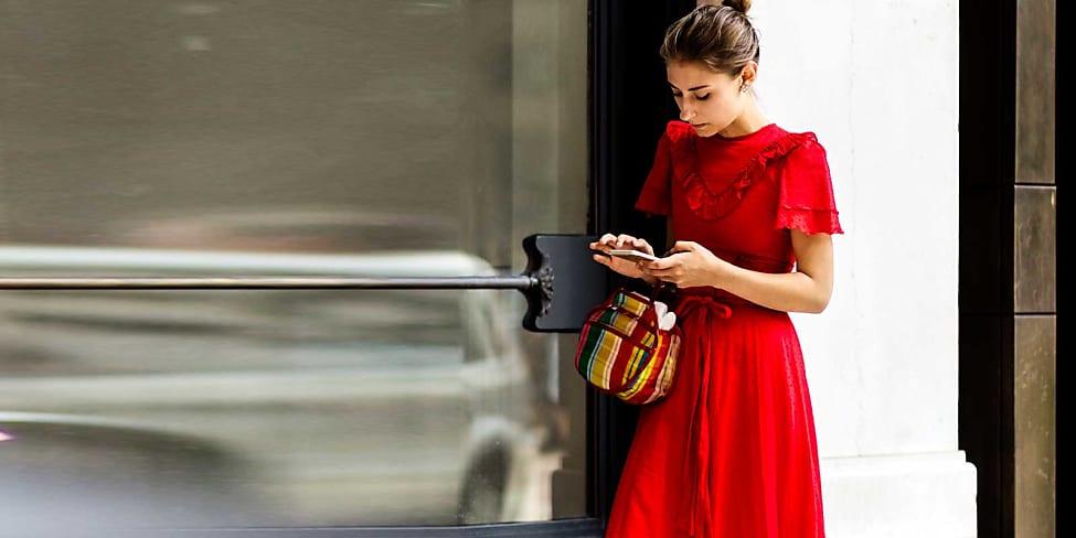 Welche schuhe zu rotem abendkleid