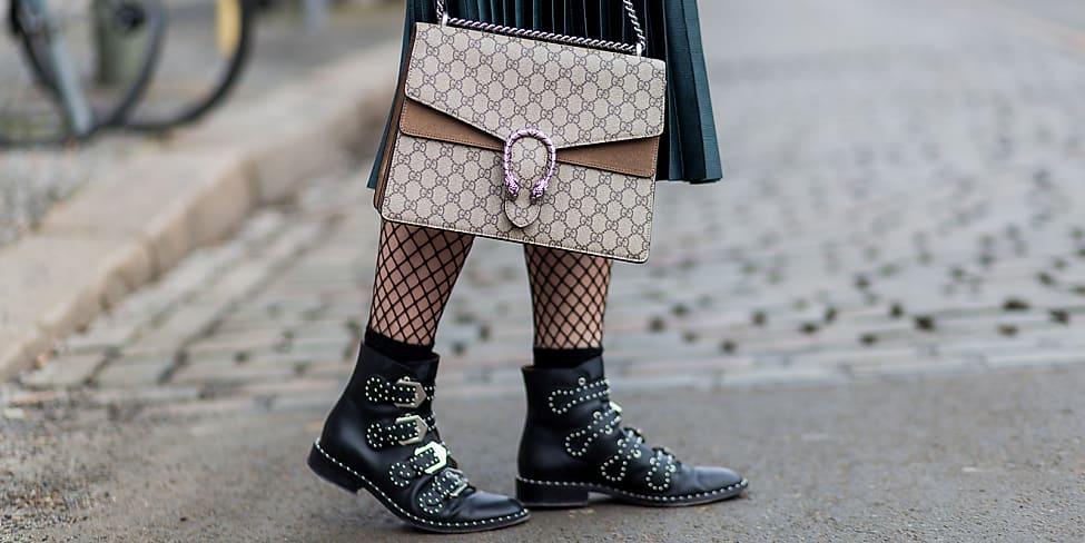 new concept 3f000 d5345 So trägst du Röcke gekonnt mit Stiefeln und Strumpfhose ...