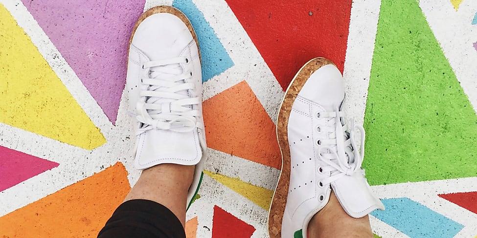 weiße herren sneakers breit