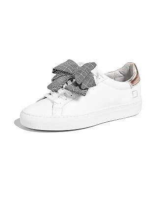 A ® Sneakers T D E JlFcK1