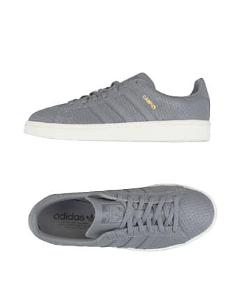 SCHUHE - Low Sneakers & Tennisschuhe adidas v9gJ3DJU5j