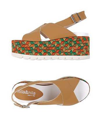Nila Sandali Footwear chiusura Sandali con Footwear con chiusura Nila Nila rxrfqTpwC