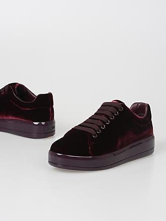 6cf532a1150b Prada® jusqu à Chaussures Prada® Achetez Prada® Achetez Chaussures Achetez  Chaussures jusqu à I1Bq0
