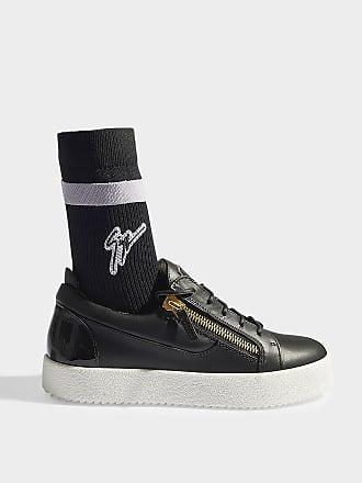 Chaussures Zanotti® Giuseppe Chaussures Jusqu'à Achetez Giuseppe FqzvrtwFf