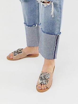 Qupid Qupid mule flat sandals in snake - Beige