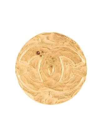 Chanel logo embossed round brooch - Gold