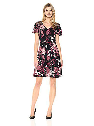 5cfd19604dba Lace Dresses with Floral pattern − Now  67 Items up to −60%