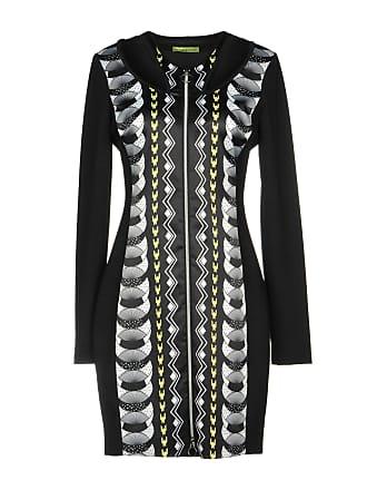 Klänningar från Versace®  Nu upp till −80%  e59cd60976bac