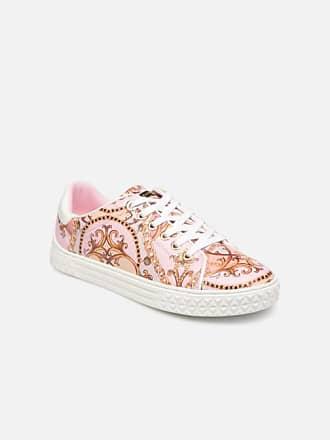 945e29f5f4616 Chaussures Guess®   Achetez jusqu  à −63%