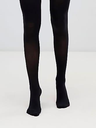 Sex i svarta strump byxor