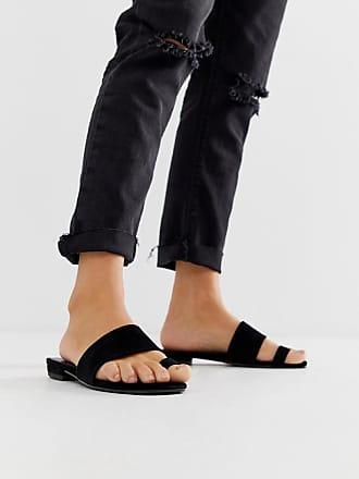 Vagabond Becky - Flache Sandalen mit Zehenschlaufe aus schwarzem Wildleder