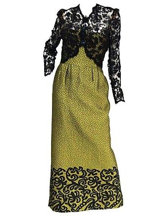 19199d2ef6 1stdibs 1980s Gorgeous Oscar De La Renta Gold Green dragon Scale Brocade  Dress