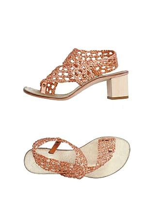 ÁLVARO GONZÁLEZ FOOTWEAR - Toe strap sandals su YOOX.COM