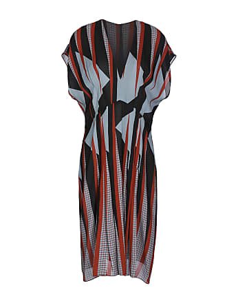 8e9c38d74c2 Vintage Gucci Burgundy Silk Pleated Dress W  Pheasant   French Horn Print.  USD  975.00. Delivery  Delivery costs apply. Gucci DRESSES - Knee-length  dresses ...