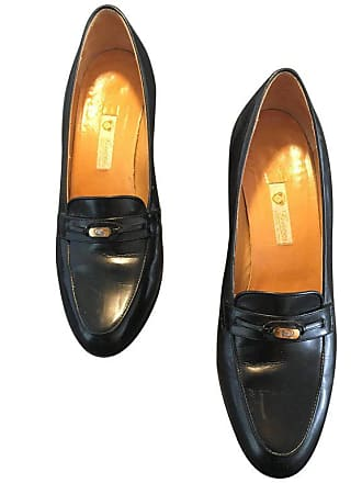 d0996f33da3 Gucci Black Leather Heeled Loafers Size 37.1 2 B