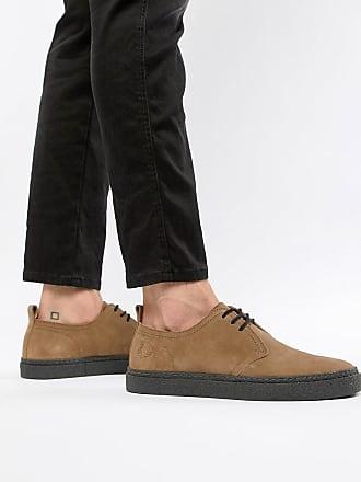 da43545a335 Fred Perry Linden - Ljusbruna skor i mocka med låg skaft - Guldbrun