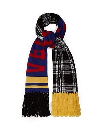 9936c59151a Versace Écharpe en laine à carreaux et logo intarsia