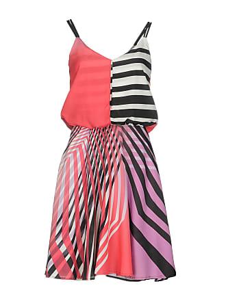 Abbigliamento Guess®  Acquista fino a −70%  b755bd57ba5