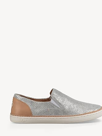 7689b812ee2 UGG® Shoes: Must-Haves on Sale up to −67% | Stylight