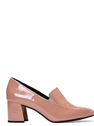 faa1f500d2 Sapatos Fechados de AMARO®  Agora a R  129
