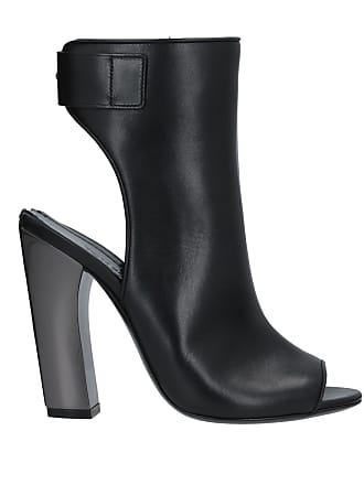 ecdd4371a6f6e Tom Ford® Shoes − Sale: up to −70% | Stylight