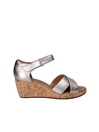 2fdee21376b568 Clarks Un Plaza Cross Womens Wide-Fit Wedge Sandals 5 Gold