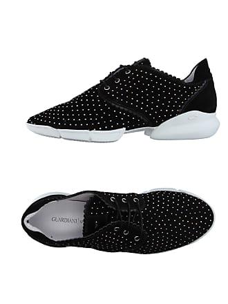86ef6e30b413cc Sneaker mit Punkte-Muster von 19 Marken online kaufen