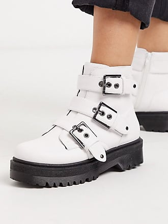 Qupid Qupid chunky buckle flat boots in white
