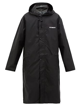 VETEMENTS Copyright Print Technical Fabric Raincoat - Mens - Black