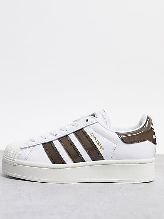 adidas Originals Superstar - Auffällige Sneaker in Weiß und Braun