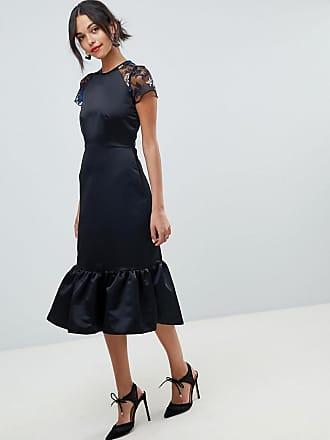 5eaf0c642d8d Closet Premium - Fodralklänning med dekorerad ärm och utsvängd fåll - Svart