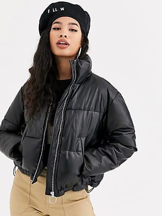 Bershka Wattierte Jacke in Schwarz mit kurzem Schnitt
