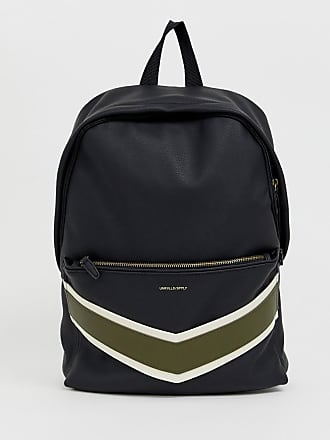 c164bfd256d Asos Mochila de cuero sintético negro con bolsillo de chevron de ASOS DESIGN