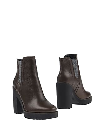 7402f0eb4d Hogan® Ankle Boots − Sale: at USD $164.00+ | Stylight