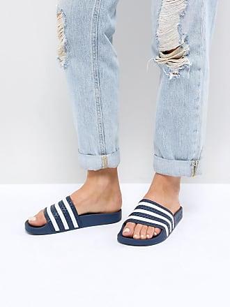 adidas Originals Adilette - Pantoletten in Marine und Weiß-Navy