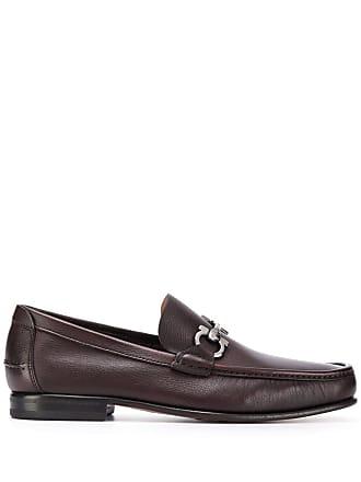 Salvatore Ferragamo classic textured loafers - Brown