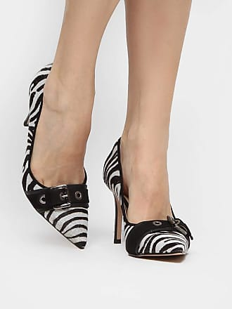 62584c1755 Shoestock Scarpin Couro Shoestock Salto Alto Fivela Ilhoses Pelo - Preto+ branco - 39