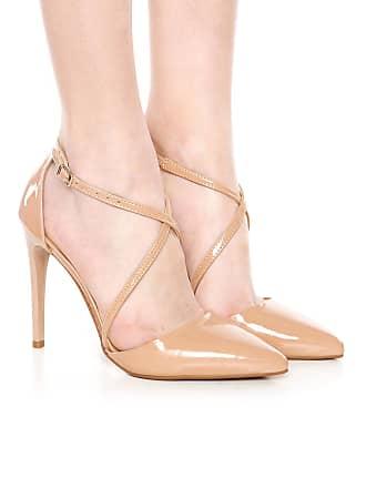 5ac41072e8 Dafiti®  Sapatos De Couro em Bege agora com até −75%