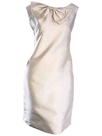de29b3126c4 1stdibs Chic 1960s Ivory Off White Raw Silk Vintage Shift Dress W   Oversized Bow Collar