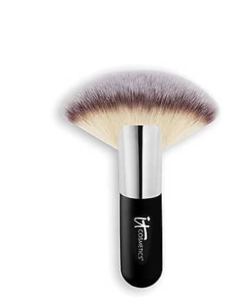 IT Cosmetics Heavenly Luxe Mega Fan Brush 9