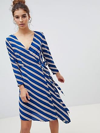 45027ca309c69 New Look Robe mi-longue coupe portefeuille asymétrique à rayures - Bleu