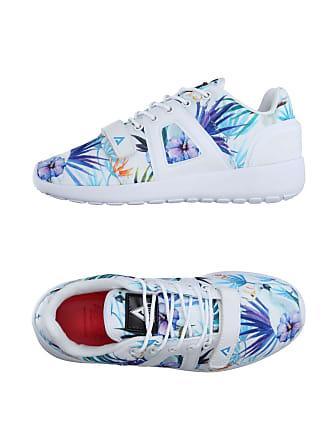 c5632d1242 Schuhe mit Blumen-Muster von 54 Marken online kaufen   Stylight