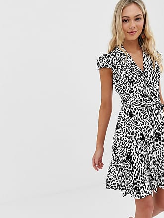 c8ec515d2236 Qed London button down collar dress in mono print