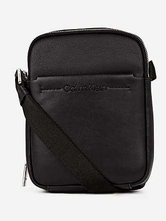 Calvin Klein Sac besace effet cuir noir Noir Calvin Klein b77387d03e6