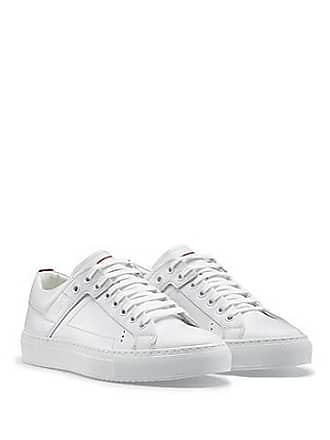 bd4b5280b26 HUGO BOSS Baskets basses à lacets en cuir foulonné195.00