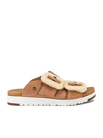 UGG Fluff Indio Sandal in Tan
