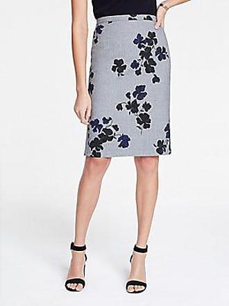 ANN TAYLOR Petite Floral Flounce Back Pencil Skirt
