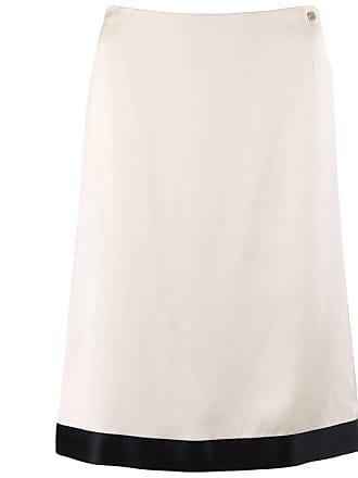3e3e944e586e3 Chanel A w 2003 Off White   Black Silk Satin Classic Pencil Skirt