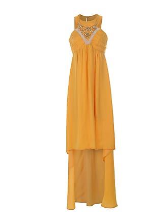 49f938c16fb7 Come vestirsi quando si ha la pancia  gli abiti giusti