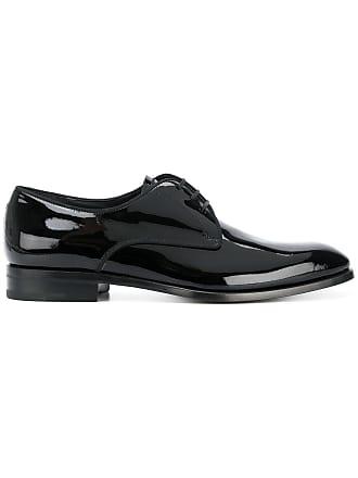 Salvatore Ferragamo Sapato de couro envernizado com amarração - Preto 215e1134b7
